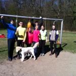 Merlin, Götz, Rita, Ute, Thomas (im Hintergrund), Christa, Thorsten, Antaeus (im Vordergrund) und Anna (fotographiert).